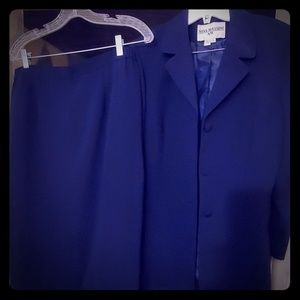 2 pc Navy blue Jacket and skirt